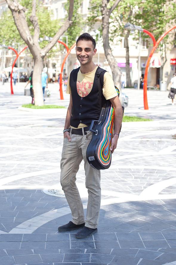 Baku Street Fashion | Spring 2012. Изображение № 11.