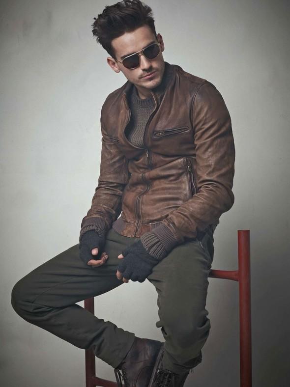 Лукбук: Dolce & Gabbana FW 2011 Men's. Изображение № 34.