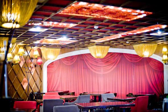 Кафе при Театре Оперы и Балета. Изображение № 1.