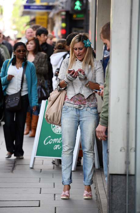 Street fashion Англия. Изображение № 7.