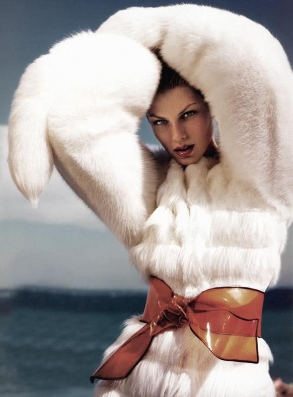 Архивная съёмка: Мерт и Маркус для Vogue, 2005. Изображение № 12.