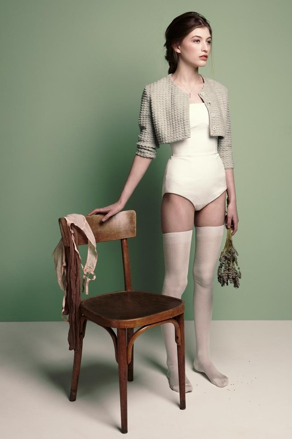 Съёмки: Playing Fashion, Schon, Vogue и другие. Изображение № 36.