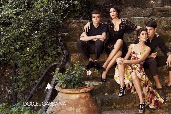Dolce & Gabbanas seasonal campaigns s\s 2012. Изображение № 2.