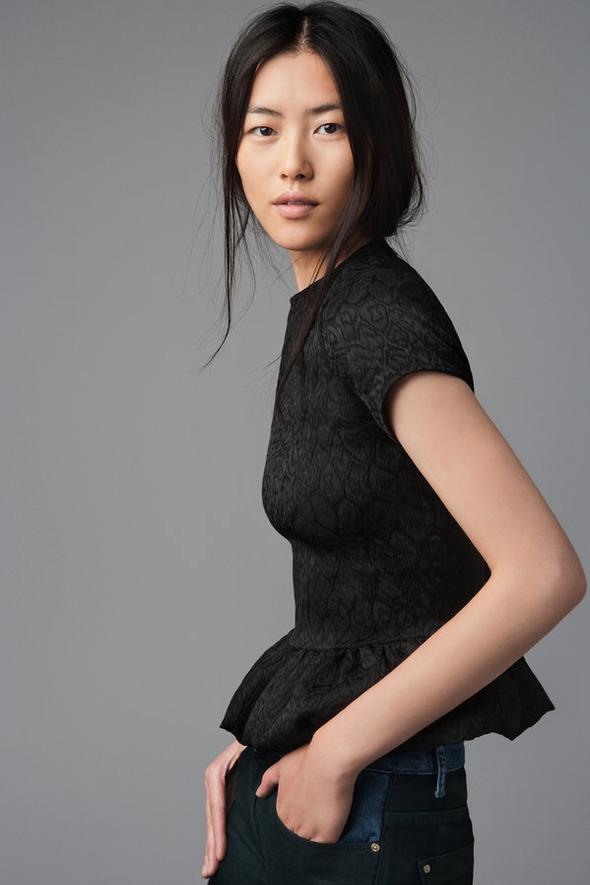 Лукбуки: H&M, Zara, Urban Outfitters и другие. Изображение №153.