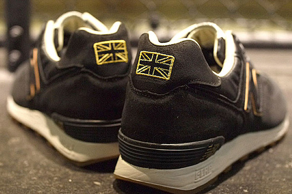 NEW BALANCE M576 (ROAD TO LONDON). Изображение № 10.