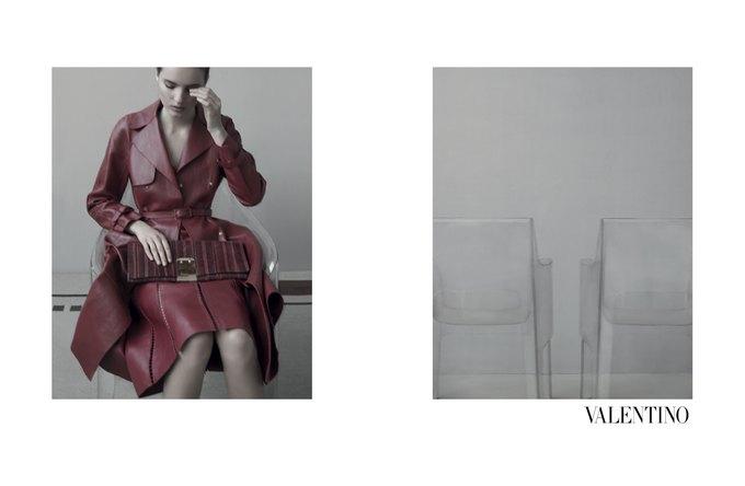 Семидесятидвухлетняя Сара Мун сняла кампанию Valentino. Изображение № 2.
