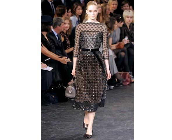 Можно все: Модели на показе Louis Vuitton. Изображение № 15.