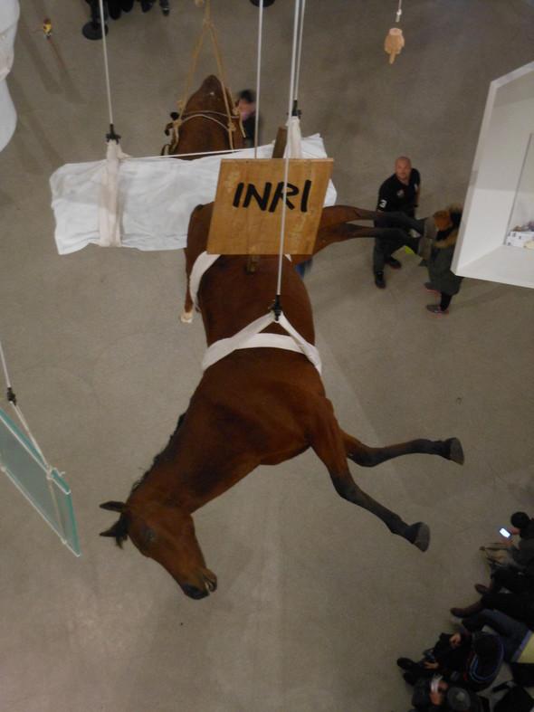 """Нью-Йоркская выставка Маурицио Каттелана """"Все"""". Изображение № 5."""