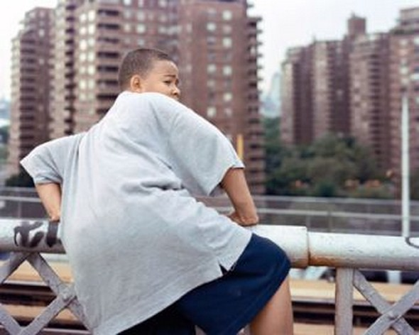 Валери Жув объединяет урбанистический пейзаж и экспрессивные портреты. Изображение № 1.