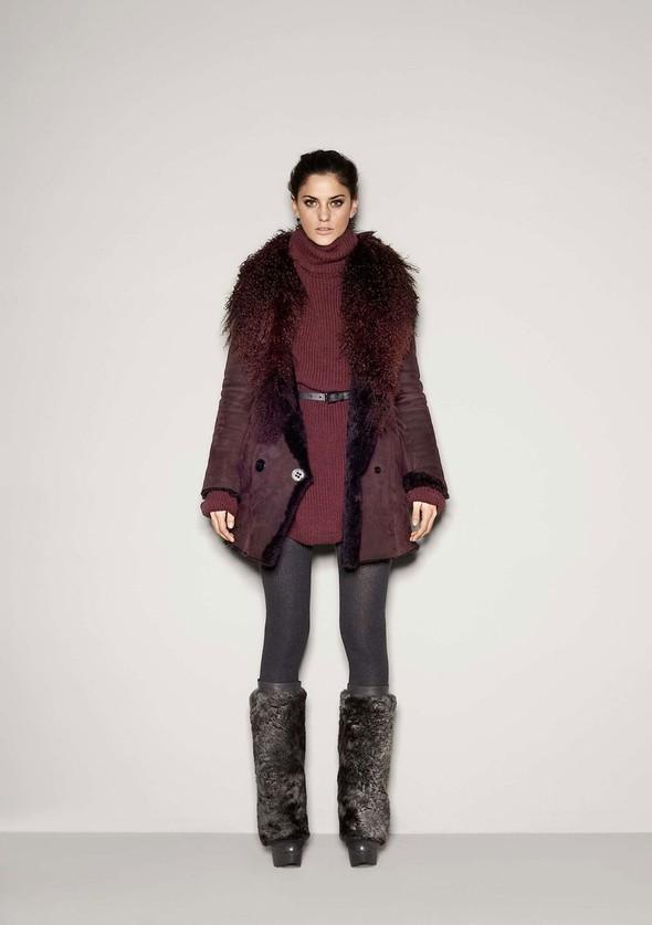 Лукбук: Dolce & Gabbana FW 2011 Women's. Изображение № 19.