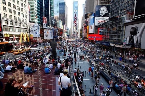 Площадь Таймс-сквер стала пешеходной. Изображение № 18.