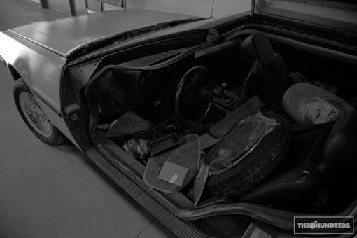 DeLorean. Автомобиль-легенда. Части 3 & 4. Изображение № 7.
