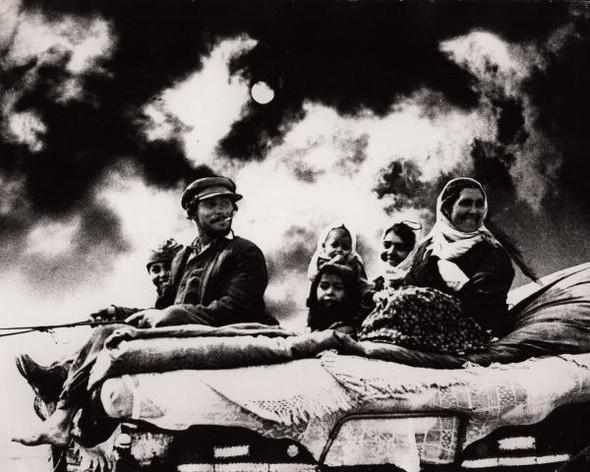 Советская фотография. Н. Свиридова и Д. Воздвиженский. Изображение № 2.