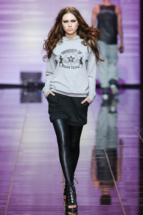 Masha Tsigal Autumn/Winter 12-13 Volvo Fashion Week. Изображение № 17.