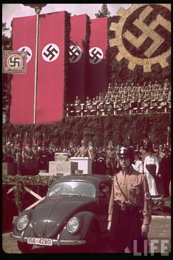 100 цветных фотографий третьего рейха. Изображение №66.