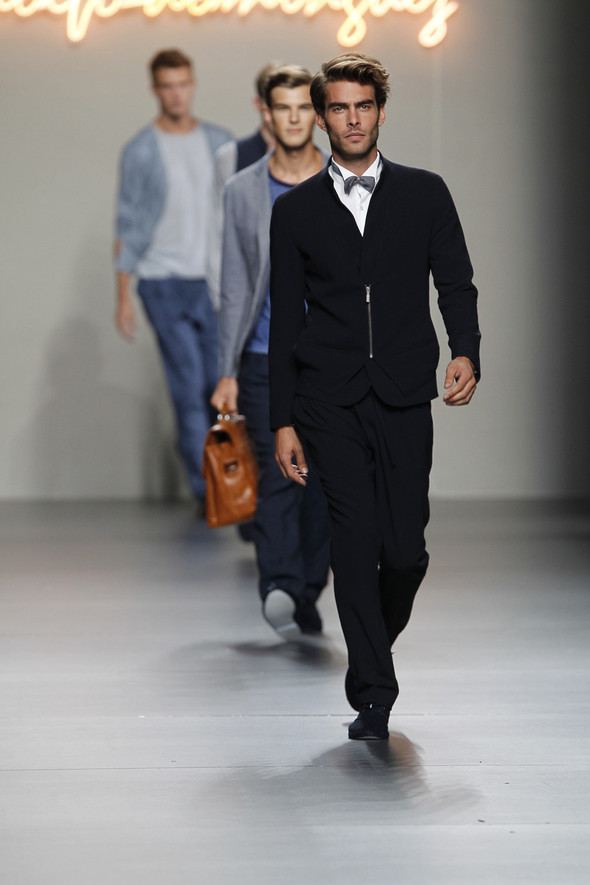 Madrid Fashion Week SS 2012: Adolfo Dominguez. Изображение № 29.