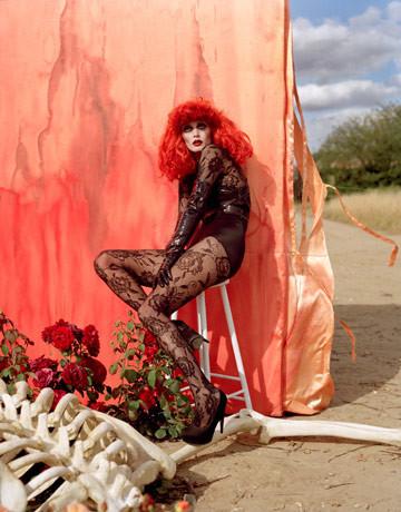 Модная съемка отТимаБертона. Изображение № 2.