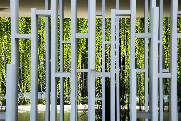 Архитектура дня: белый спа-центр во Вьетнаме с растениями на фасаде. Изображение № 12.