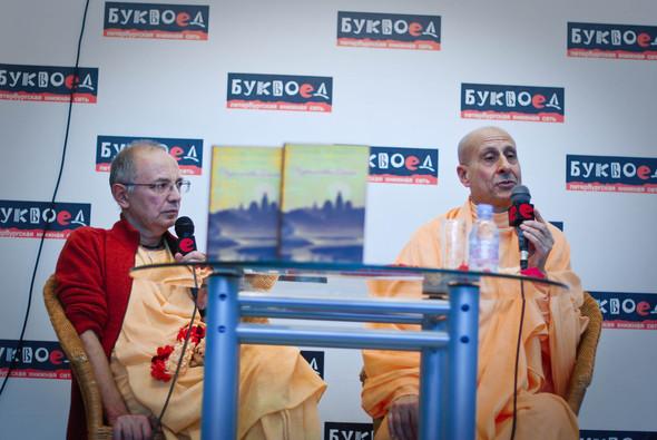 """Презентация книги Радханатха Свами """"Путешествие домой"""" 26.03.2012. Изображение № 12."""