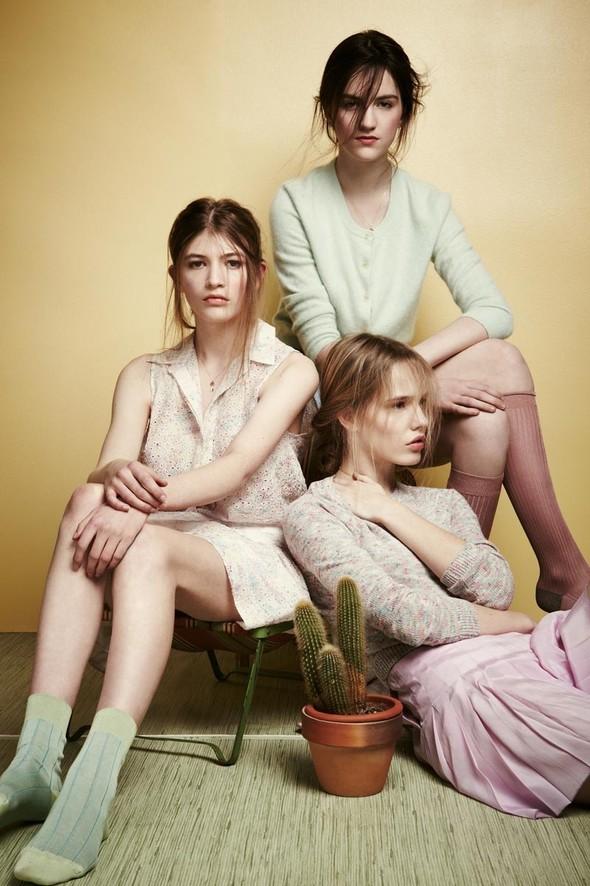 Съёмки: Playing Fashion, Schon, Vogue и другие. Изображение № 38.
