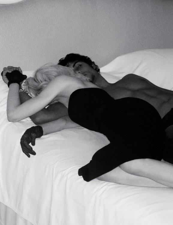 Madonna. Гулять такгулять. Изображение № 23.