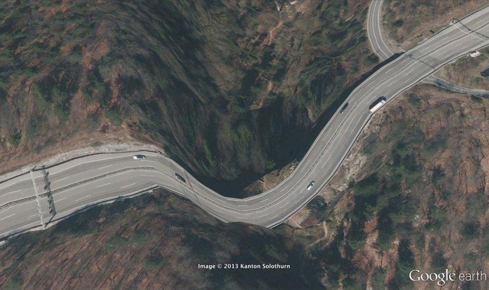 32 фотографии из Google Earth, противоречащие здравому смыслу. Изображение №16.