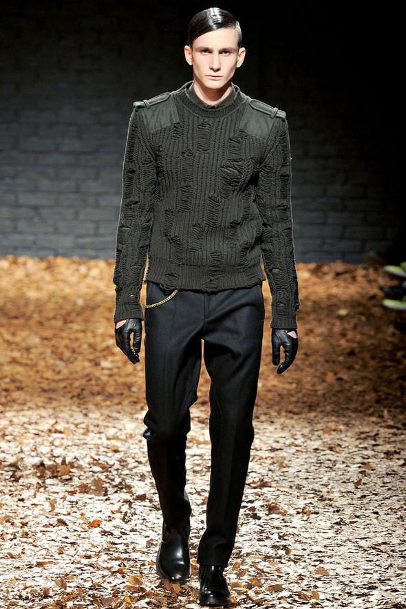 Лукбук McQ by A. McQueen F/W 2012-13, Женская и мужская коллекции. Изображение № 27.