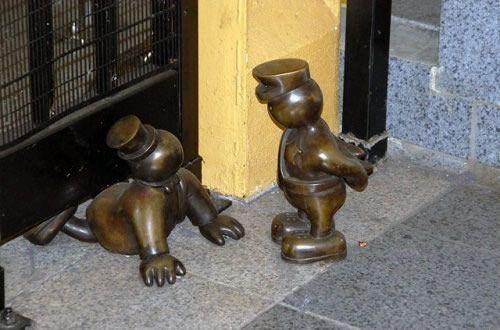 Скульптуры вНью-Йоркском метро. Изображение № 15.