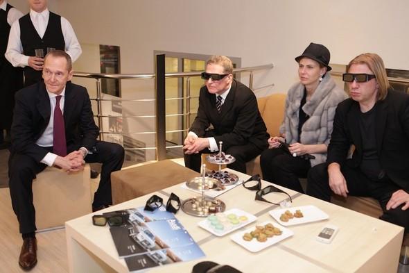 Компания Bang & Olufsen представила новую коллекцию аудио- и видеотехн. Изображение № 2.
