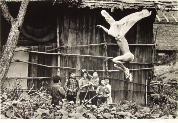 Эйко Хосоэ - фотография, как танец на грани. Изображение № 5.