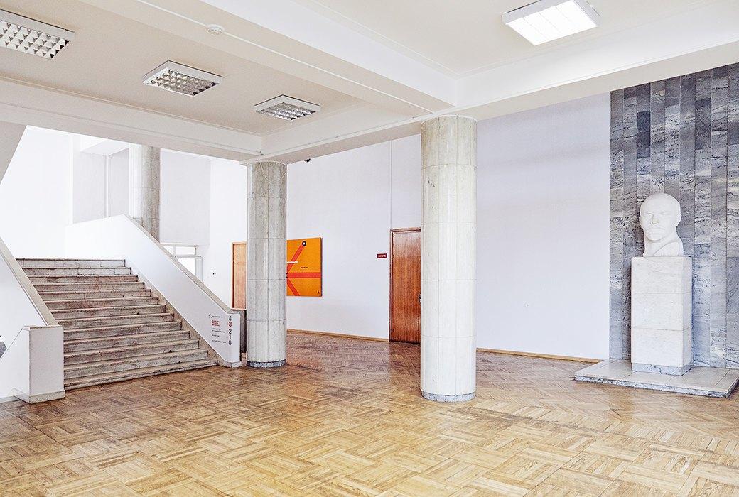 Фантастически красивые советские интерьеры в Культурном центре ЗИЛ. Изображение № 26.