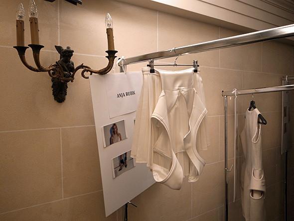 Изображение 3. Paris Fashion Week: первые два дня.. Изображение № 6.