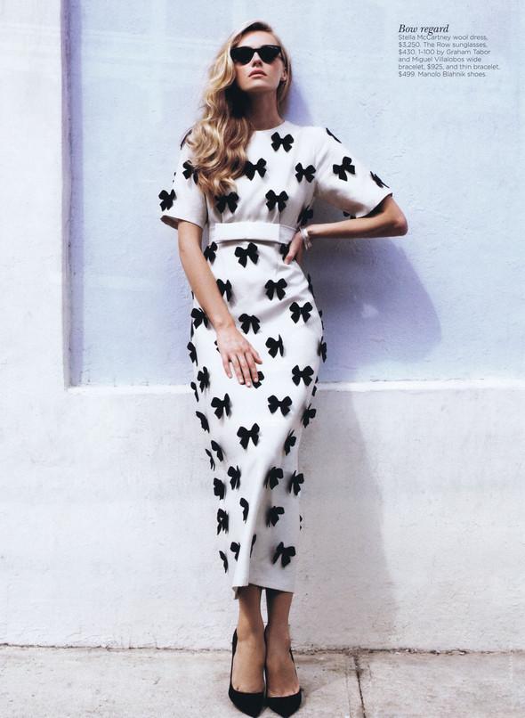 Съёмка: Валентина Зеляева для Vogue. Изображение № 2.