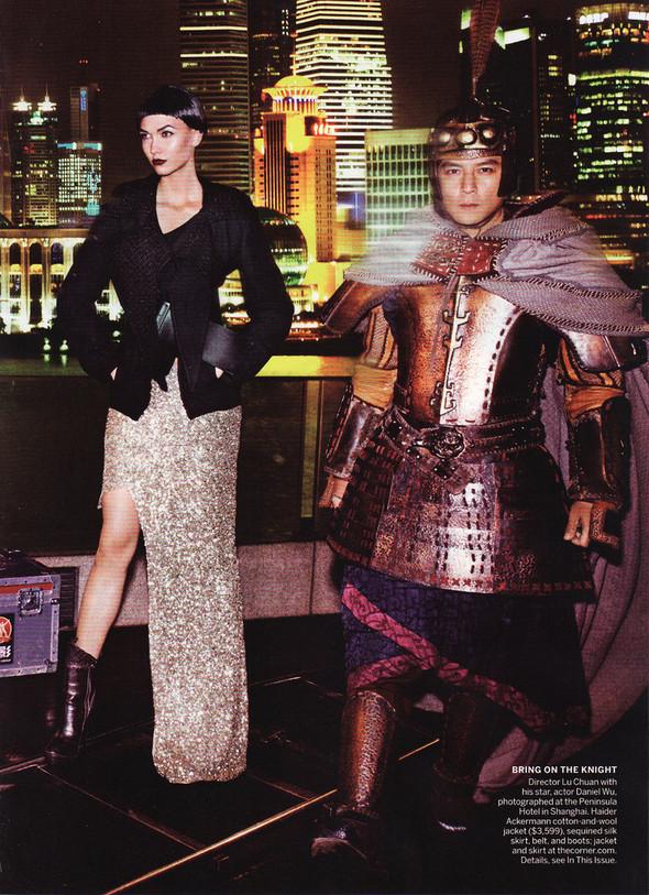 Съёмка: Карли Клосс в объективе Марио Тестино. Изображение № 13.