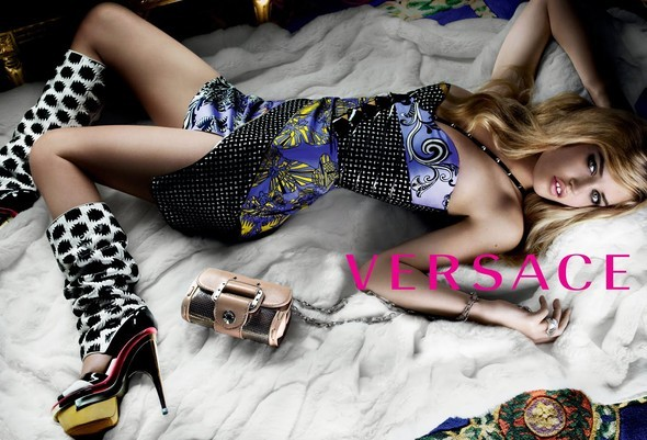 Кампания Versace SS 2010. Изображение № 3.
