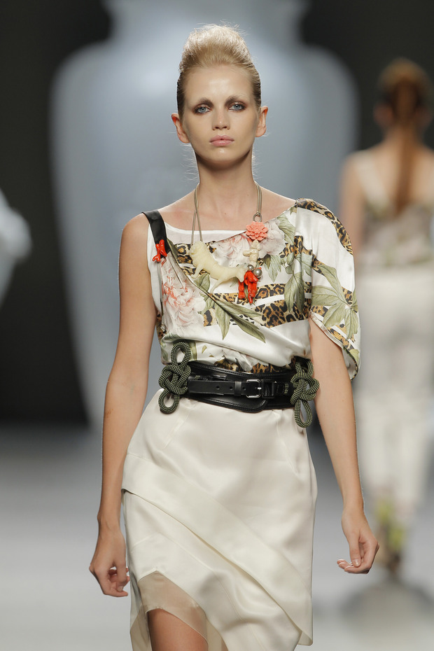 Madrid Fashion Week SS 2013: ANA LOCKING . Изображение № 12.