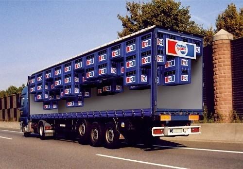 Потрясающая реклама на грузовиках. Изображение № 12.