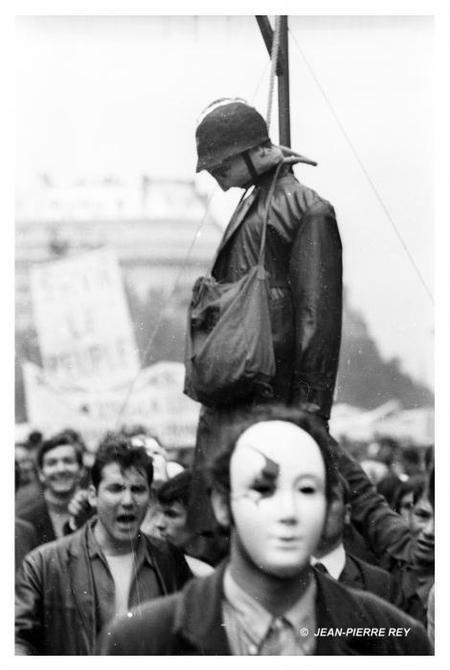 Jean-Pierre Reyвзгляд намай '68. Изображение № 33.