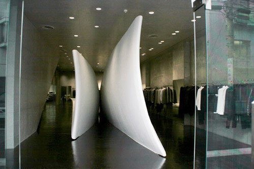 Изображение 35. 20 Великолепных дизайнерских концепций бутиков.. Изображение № 42.