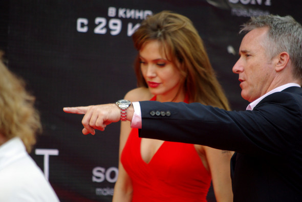 Анджелина нагревает Москву. Изображение № 26.