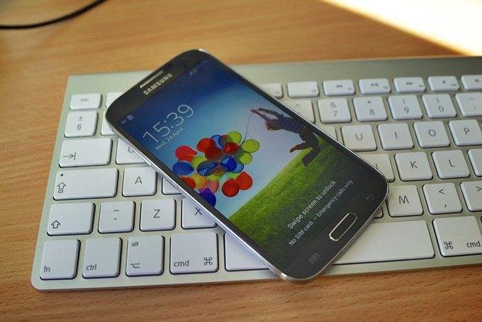 Суд вынес решение по патентному спору Apple и Samsung . Изображение № 1.