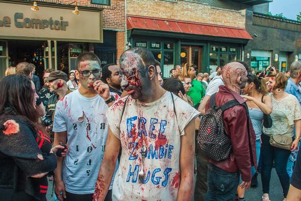 Зомби парад в Нью Йорке. NYC Zombie Crawl.. Изображение № 6.