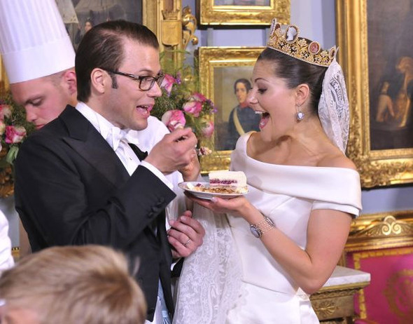 Свадьба шведской кронпринцессы Виктории. Изображение № 16.