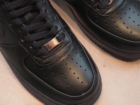 Nike Air Force 1 Low Premium 30th Anniversary – Black. Изображение № 4.
