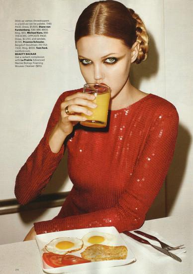 Модели ели: 22 гастрономических снимка из модных журналов. Изображение № 3.