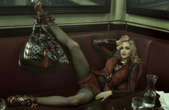 Мадонна в новой рекламе Dolce & Gabbana. Изображение № 7.