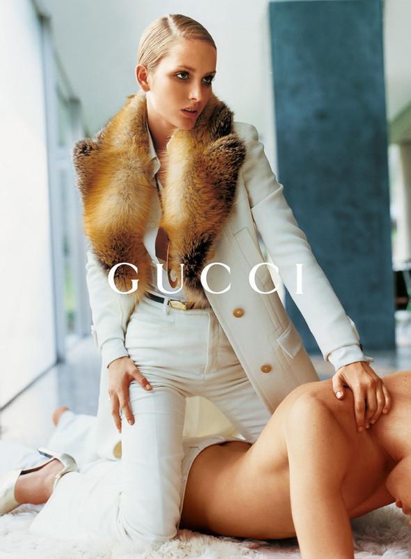 Архивная съёмка: Кампания Gucci FW 1996. Изображение № 9.