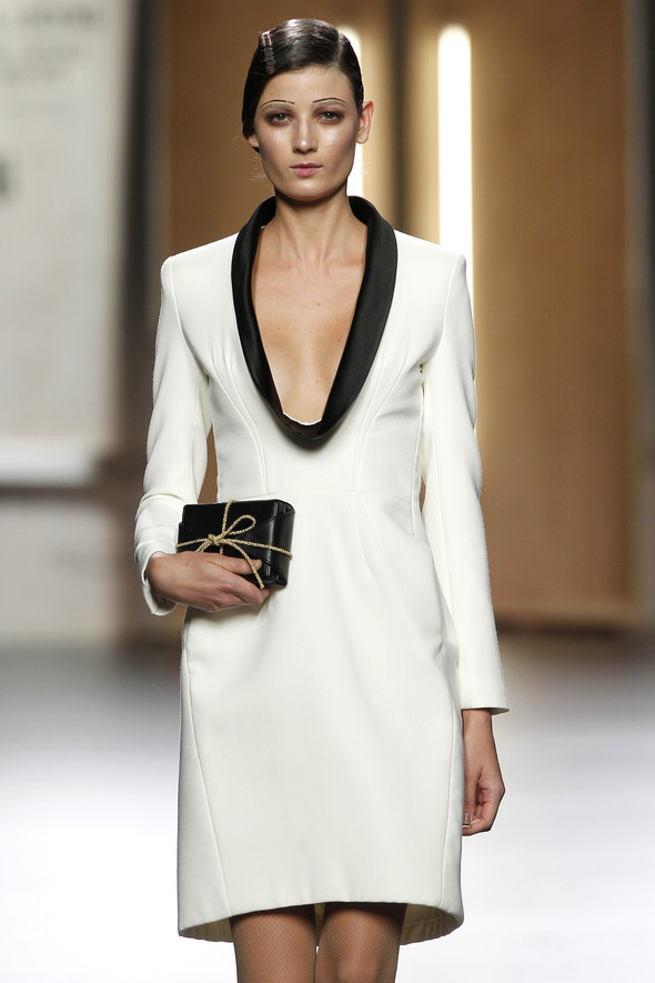 Madrid Fashion Week A/W 2012: Ana Locking. Изображение № 24.