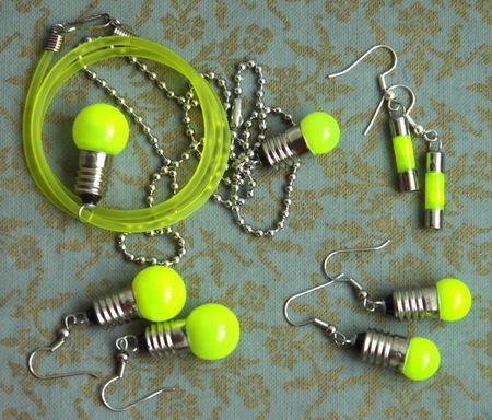 Потрясающие сережки-лампочки отTWoo. Изображение № 9.