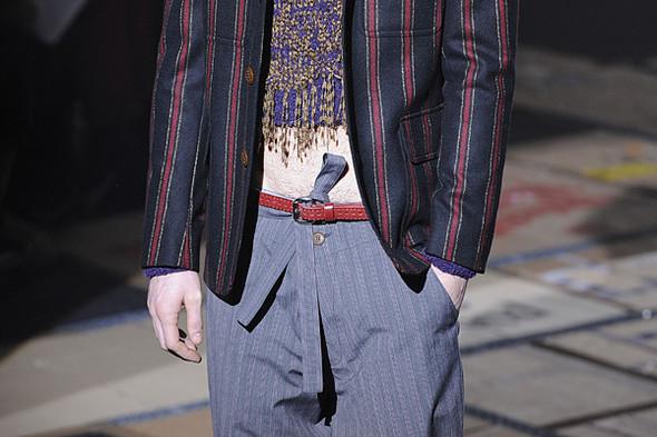 Что носить осенью: мужские показы в Милане. Изображение № 141.